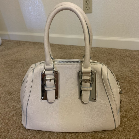 Charming Charlie Purse in Color White